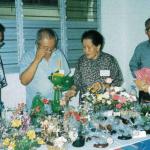 1993_Volunteers' handicrafts for sale-proceeds in aid of Bukit Batok SAC